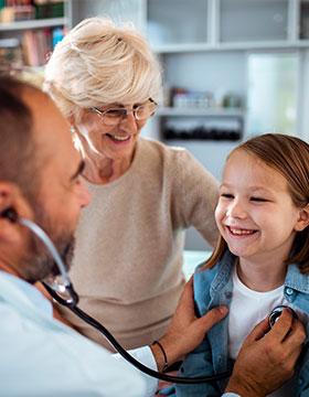 100 kysymystä lastenlääkärille